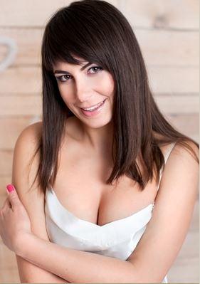 Lena (47) aus Warschau ... auf www.wege-zum-glueck.net (Kenn-Nr.: d00523)