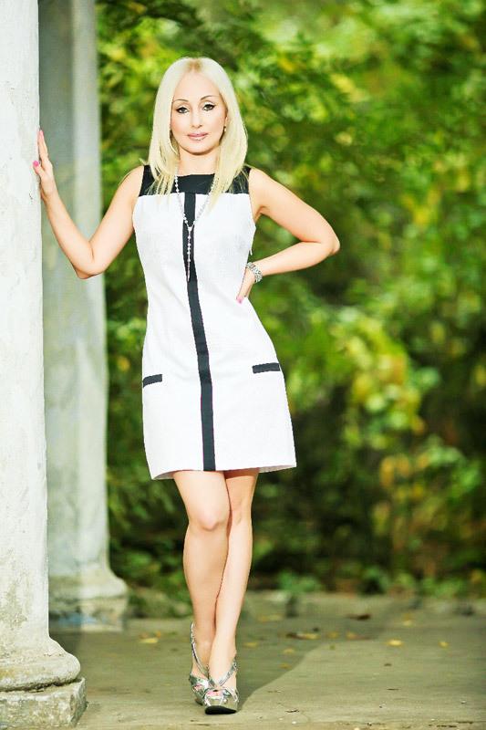 Elzbieta (49) aus VIP Agent... auf www.wege-zum-glueck.net (Kenn-Nr.: d0004)