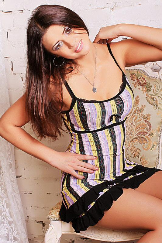 Sabina (35) aus VIP Agent... auf www.wege-zum-glueck.net (Kenn-Nr.: d0016)