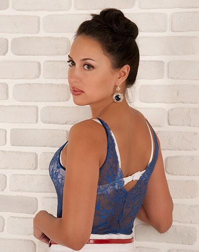 Galina (36) aus VIP Agent... auf www.wege-zum-glueck.net (Kenn-Nr.: d00105)